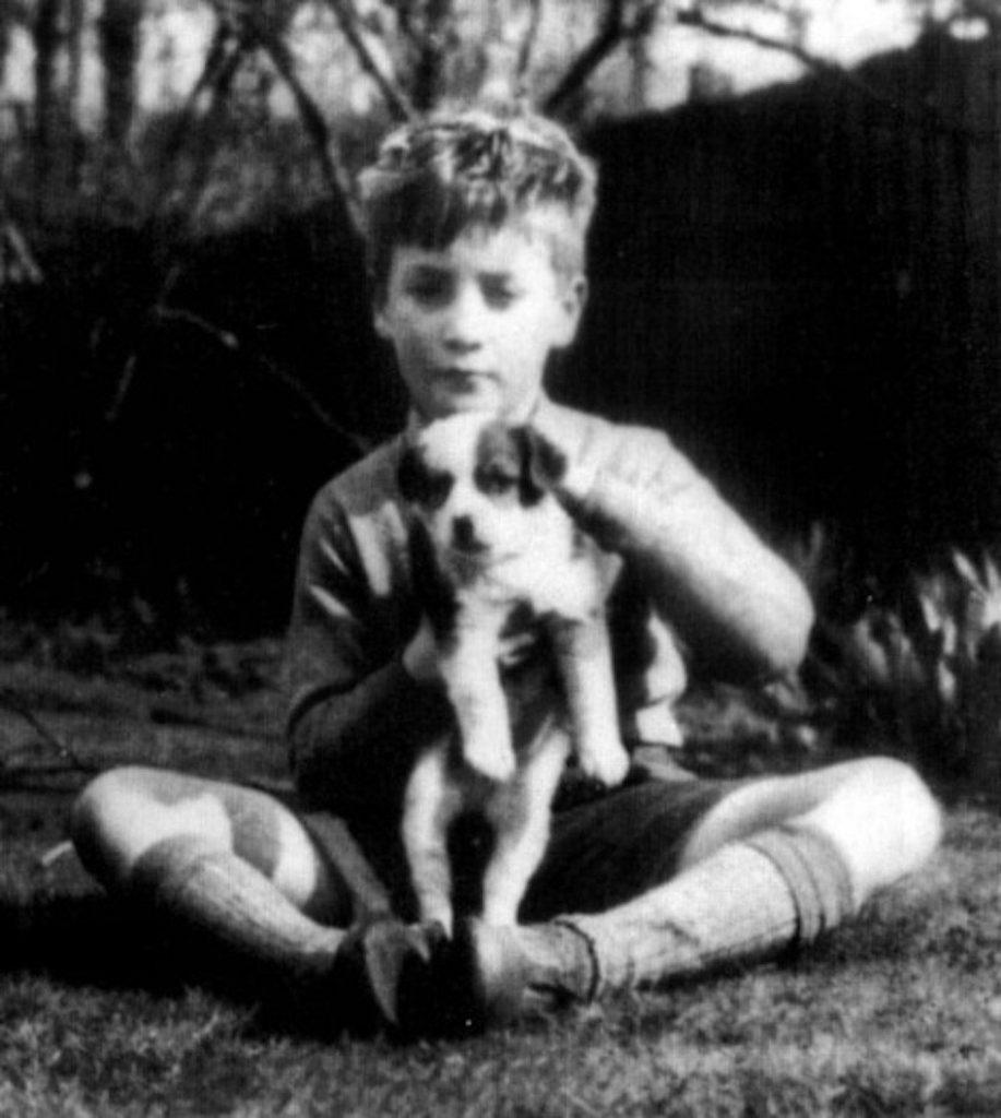 Liverpool bajo fuego: 80 años del nacimiento de John Lennon