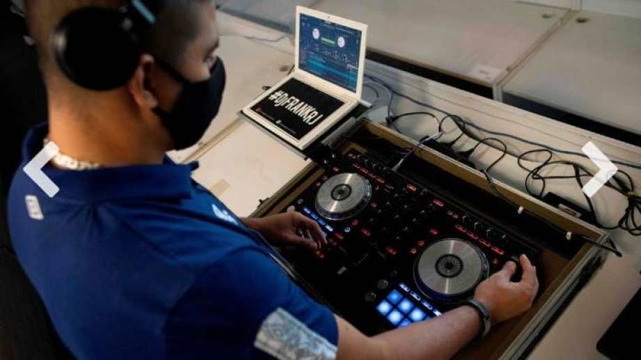 Muchos DJs pasaban una situación angustiante tras el cierre de los locales bailables, hace seis meses. (foto: gentileza)