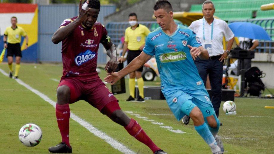 Los Felinos, como llaman a Jaguares, cuentan con el aporte goleador del roquense Pablo Bueno, que lleva 5 tantos en el torneo de Primera de Colombia.
