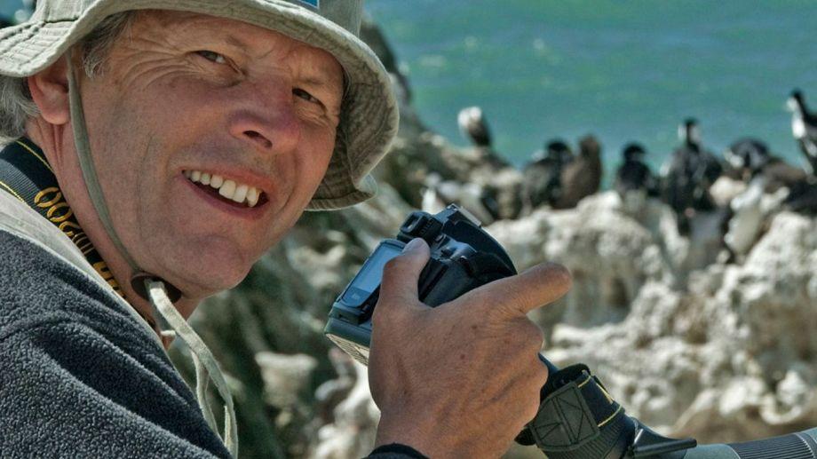 Guillermo Harris, forma parte de la Wildlife Conservation Society, una de las organizaciones que llevó adelante la iniciativa Siguiendo ballenas. Es una colaboración público-privada que aportará información para proteger mejor a las ballenas