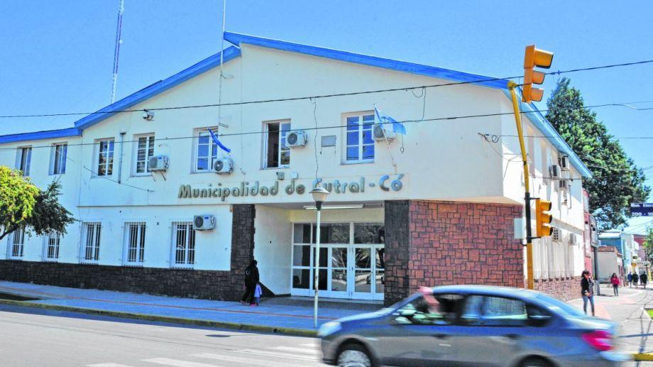 Este año, el Municipio de Cutral no se hará cargo del mantenimiento escolar. (Archivo).-