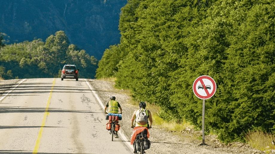 Neuquén  tiene un Plan provincial de Electromovilidad que cuenta con dos cargadores de la firma Enel. (Foto: archivo)