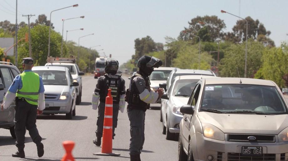 El gobierno prometió controles de tránsito rigurosos en Neuquén. Foto: Oscar Livera.