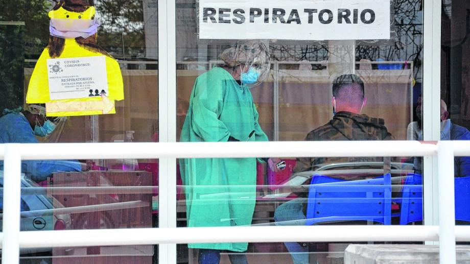 La capital rionegrina tiene más de 600 casos activos, unos 1.200 acumulados y medio centenar de fallecidos por coronavirus. (Foto: Marcelo Ochoa)