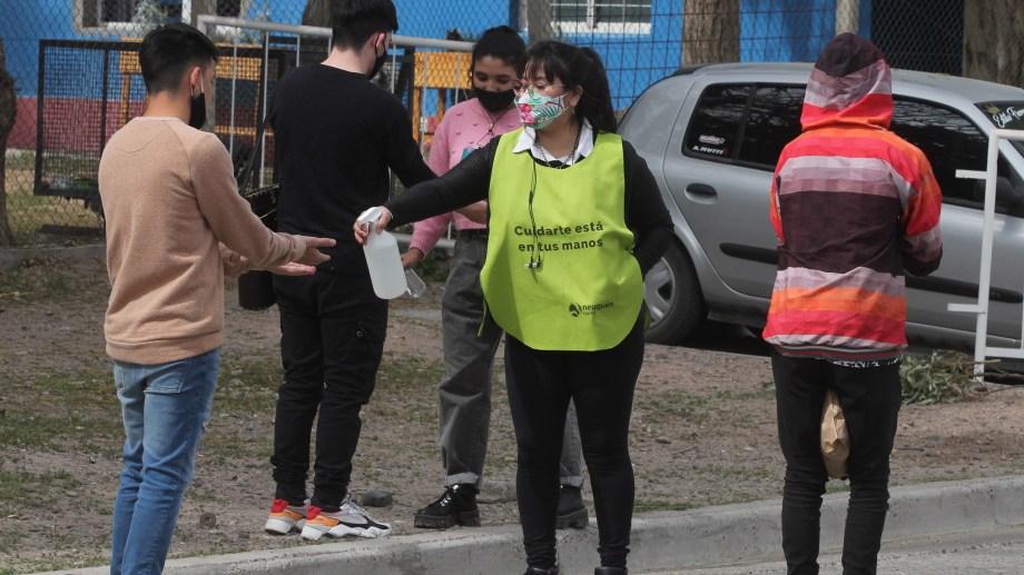 Ayer Neuquén superó los 24.000 casos de coronavirus desde el inicio de la pandemia. (Archivo Oscar Livera).-