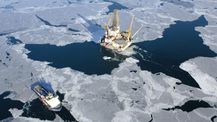 El presidente de Rusia, Vladimir Putin, aseguró que evaluarán el mercado antes de aumentar la producción de crudo. (Foto: gentileza)