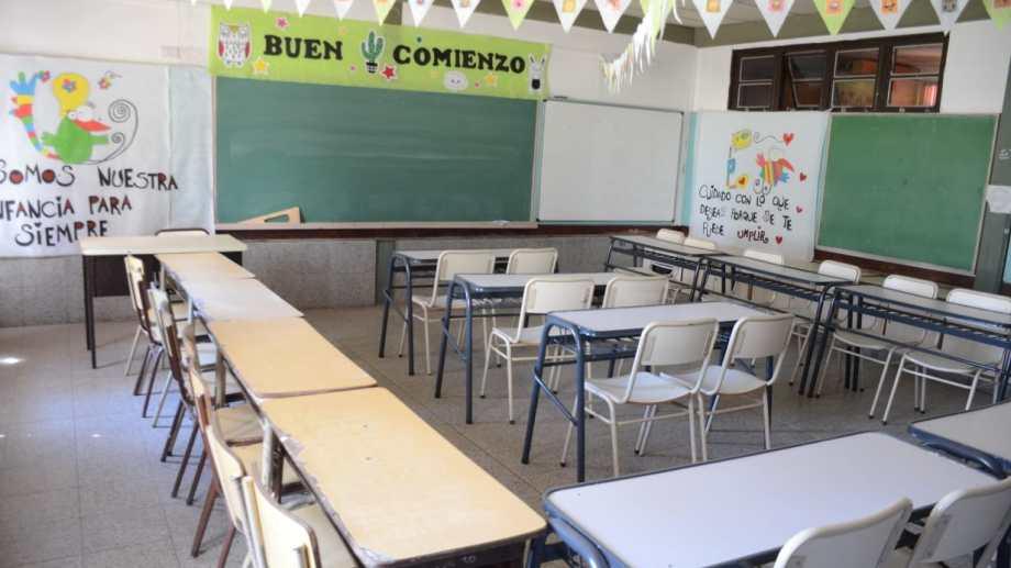 En Neuquén se proyecta una modalidad escalonada de la presencialidad en las escuelas. (Foto: Yamil Regules).-