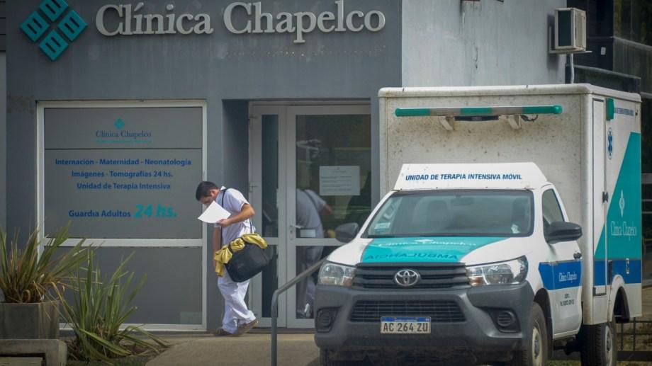 La Clínica Chapelco es la institución que atiende los casos más graves de coronavirus en el sur de Neuquén. (Foto: Archivo).