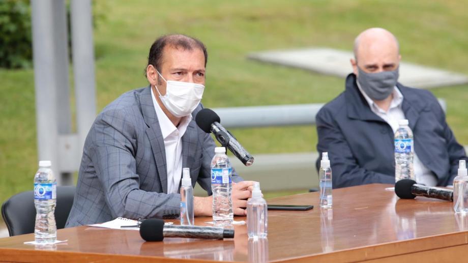 Gutiérrez presentó hoy la proyección de reactivación de equipos petroleros para la provincia.