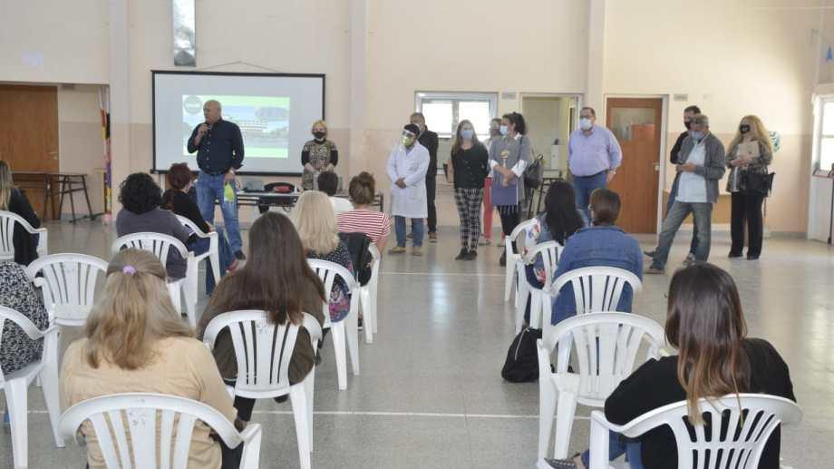 El ministro de Salud, Fabián Zgaib, anunció la implementación del Plan Detectar en Regina. (Foto Néstor Salas)