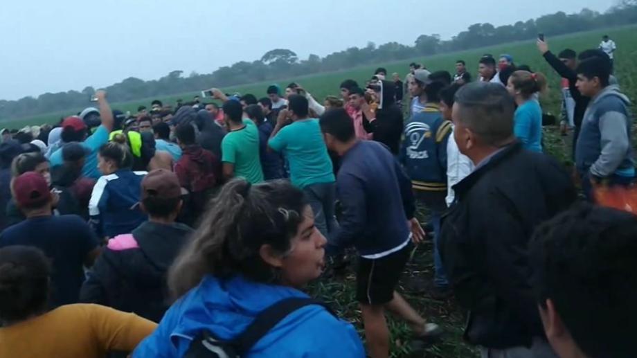 Un grupo de vecinos encontró al presunto femicida y lo golpeó brutalmente, luego falleció. (Foto: La Gaceta de Tucumán)