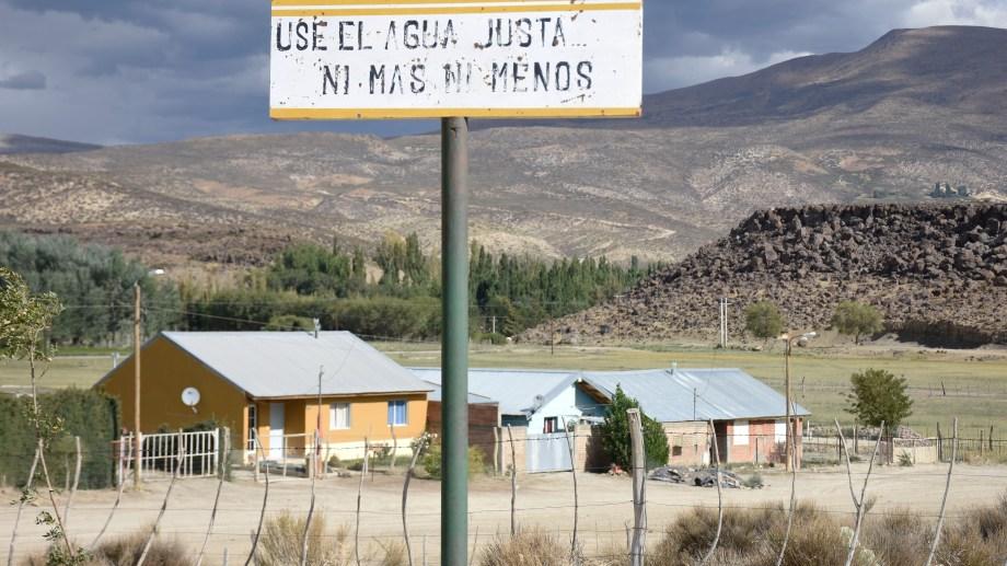 Tricao Malal, una de las localidades del norte neuquino que aún no ha tenido casos de covid-19. Foto Florencia Salto.