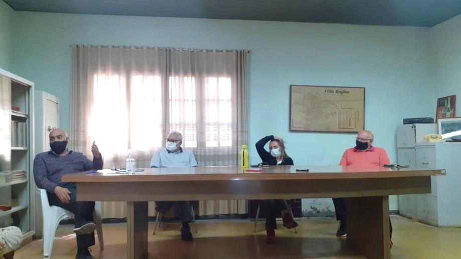 Integrantes del nuevo consejo administrativo, adelantaron que buscan reactivar a La Reginense. (Foto Néstor Salas)