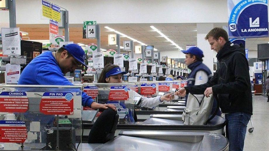 Los supermercados podrán abrir los domingos y ya no regirá la restricción por DNI. (Foto: archivo)