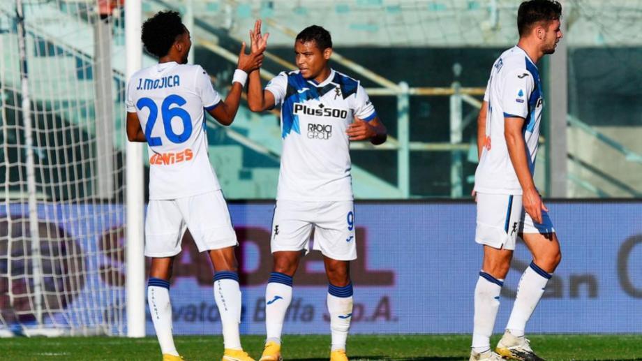 El colombiano Muriel anotó los dos goles del conjunto de Bergamo.