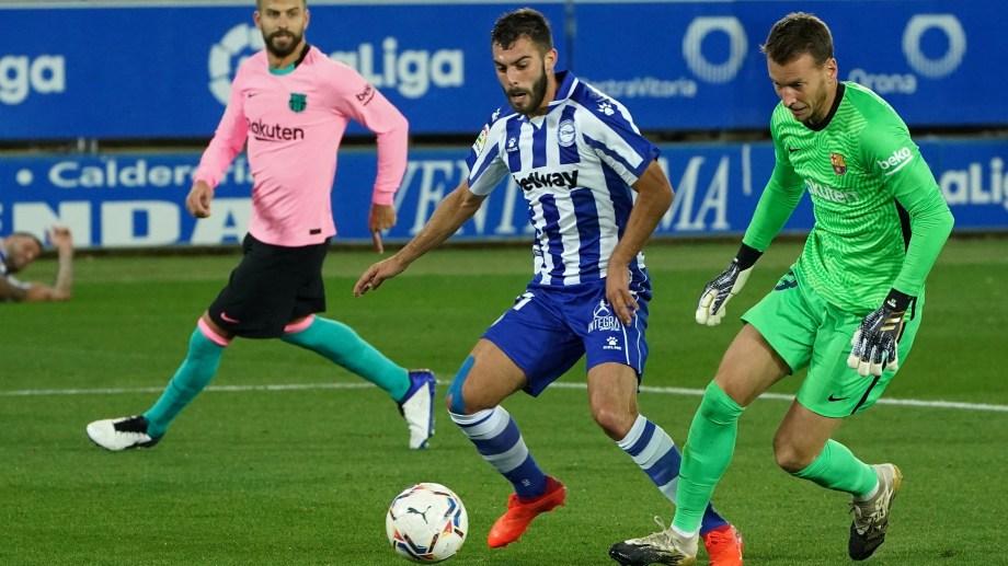 Barcelona pierde 1 a 0 con Alavés por el error del arquero Neto.