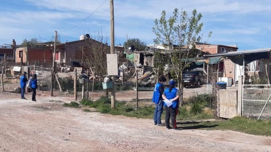 Con el plan Detectar, en 25 días, se entrevistaron casi 1.000 personas y se descubrieron 11 casos  positivos de coronavirus en Centenario. (Foto: Gentileza)