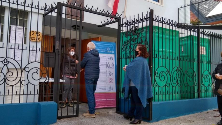 En el Consulado de Chile en Bariloche se puede votar en el plebiscito hasta las 20.
