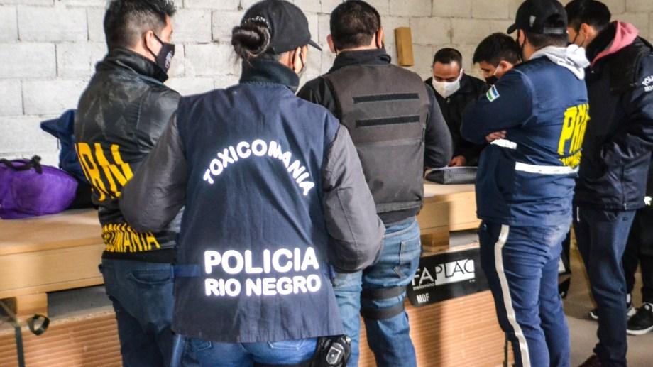 La policía de Río Negro colaboró con los operativos realizados ayer en Río Negro y Chubut. (foto: gentileza)