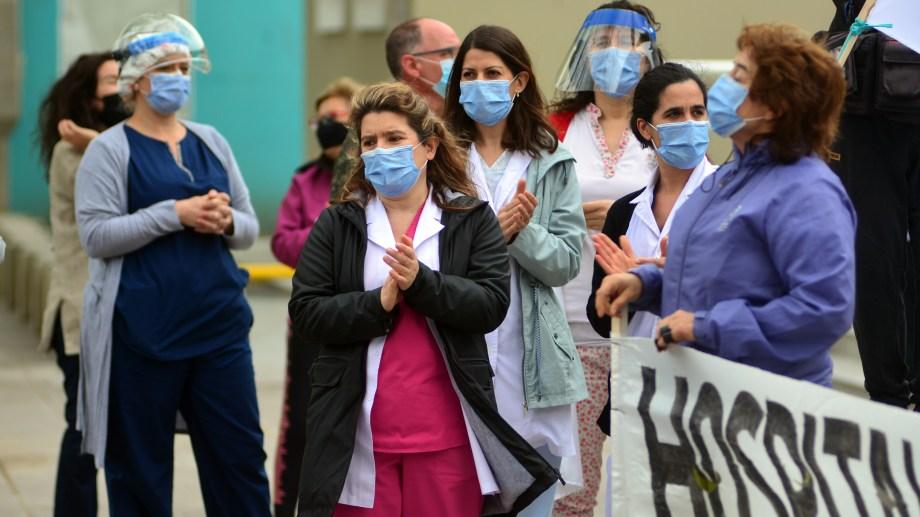 El sector de Salud está al límite en la capital provincial. Foto: Marcelo Ochoa.