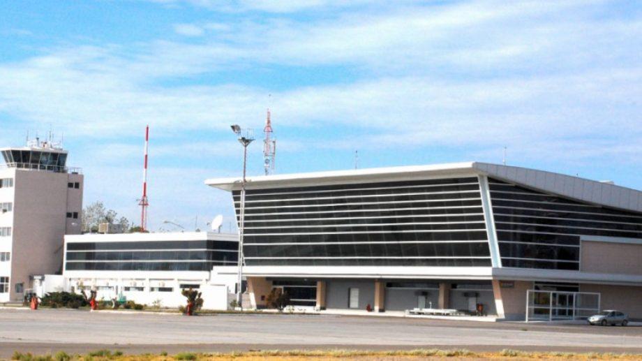 El aeropuerto Juan Domingo Perón no recibe vuelos comerciales desde el 20 de marzo (Neuquén informa)