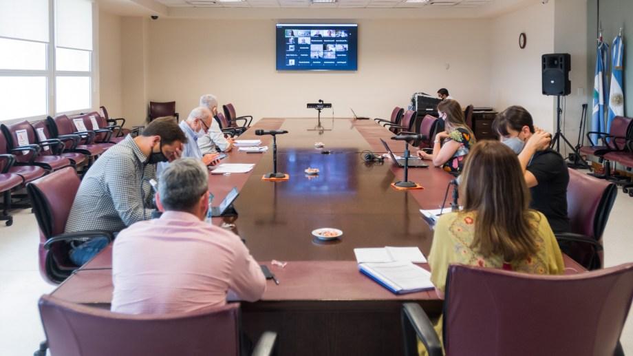 La comisión de Presupuesto recibió el martes al ministro Guillermo Pons. Foto: gentileza.