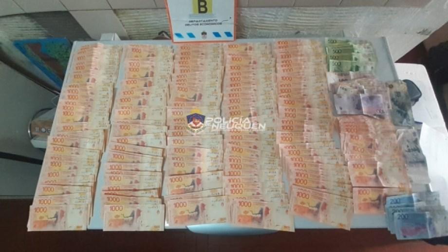 Fueron secuestrados más de 183.000 pesos. (Gentileza).-