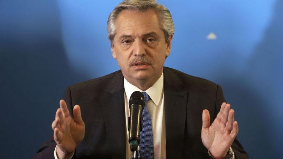 Fernández recalcó que no habrá un programa de ajuste en el gasto para alcanzar el equilibrio fiscal.