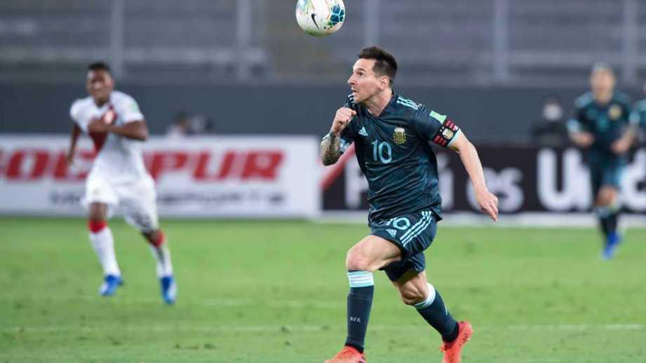 """""""Me siento muy bien en este equipo"""", confesó Messi. Foto: AP"""