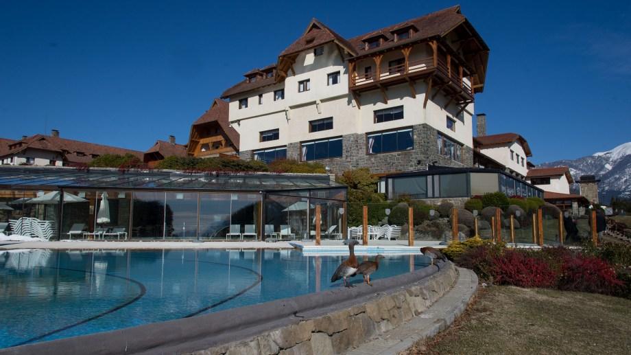 El hotel Llao Llao recibirá a los principales empresarios del país, en un exclusivo foro. Archivo