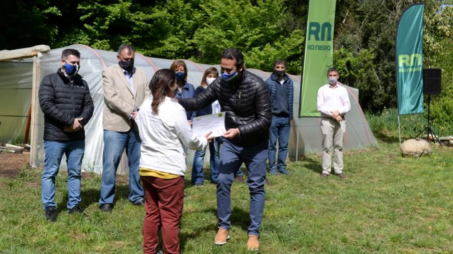 Se presentó hoy el plan de promoción de invernaderos comunitarios. Foto: Alfredo Leiva