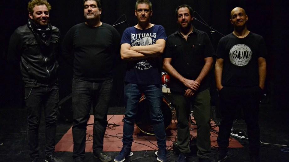 Cadejo es una banda de rock formada en 2013.