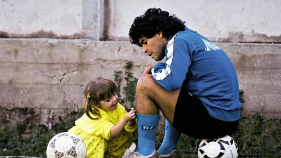 Elijo creer que el Diego más terrenal siempre fue el que tuvo a Dalma al lado.