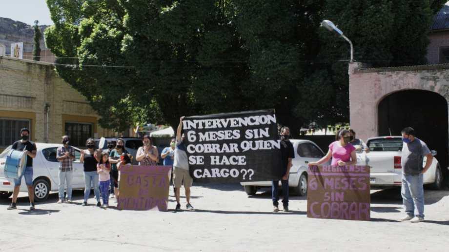 Los trabajadores de La Reginense continúan con sus reclamos por salarios adeudados.