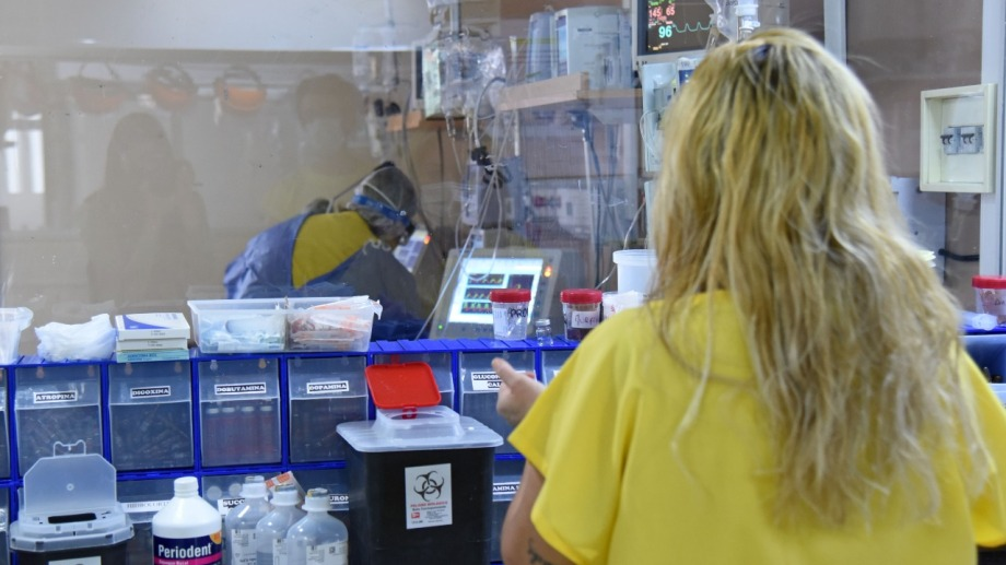 Temen que con el crecimiento de los contagios, el sistema de salud vuelva a resentirse. Foto: archivo Florencia Salto.
