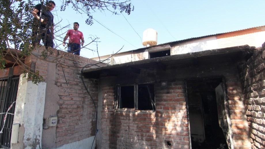 La vivienda de la familia fue saqueada, incendiada y demolida por los vecinos. Foto: Archivo/Oscar Livera
