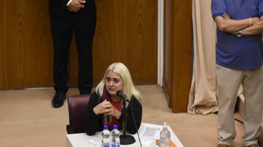 La primera en declarar en el juicio por el femicidio de Cielo López, fue su hermana Melisa. (Foto: Florencia Salto)