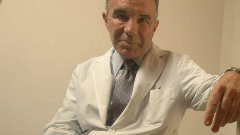 Alfredo Cahe, histórico médico de Maradona, habló de la preocupación sobre su salud.