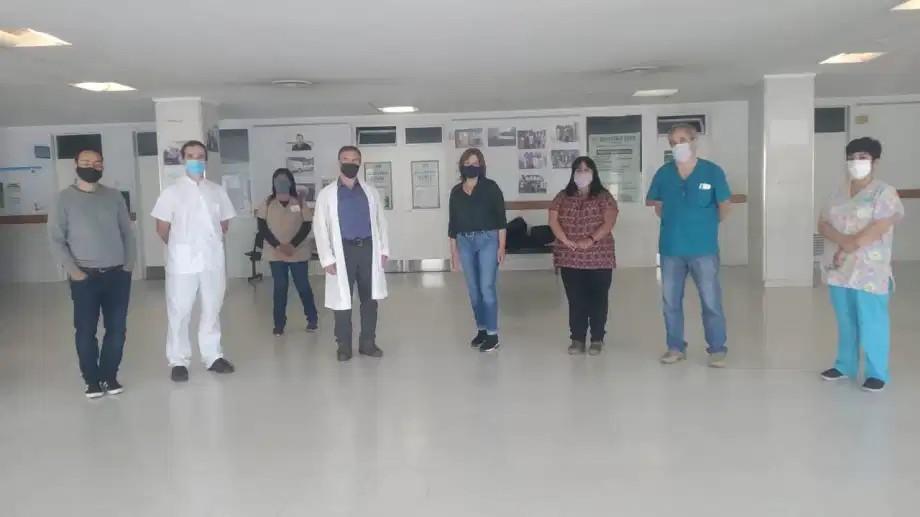 La gobernadora con referentes de los hospitalarios autoconvocados en Bariloche. Foto: Gentileza