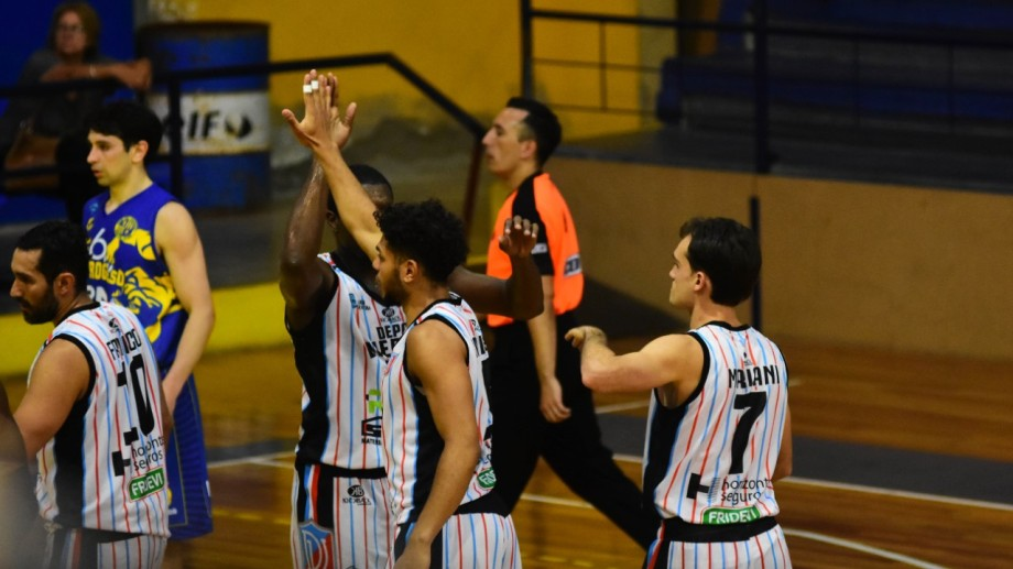 Deportivo Viedma es uno de los clubes de la región que participará de la Liga Argentina.