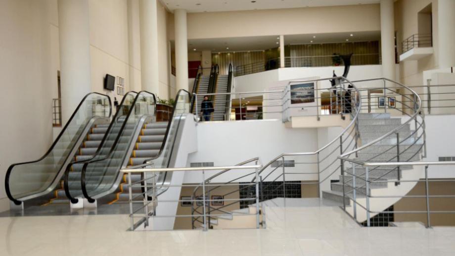 La Legislatura cuenta con cuatro escaleras mecánicas desde que se inauguró en 2007. Foto: archivo.