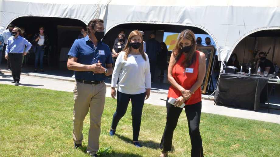 La intendenta de Plottier, Gloria Ruiz, asistió a una prueba piloto de los eventos, y llamó a Bertoldi  y Gaido a sumarse para lograr la habilitación del sector. (Foto: archivo Yamil Regules)