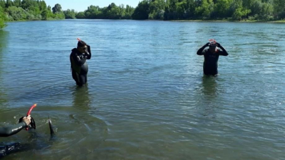 Hoy retomarán la busqueda del hombre desaparecido al querer cruzar el río Neuquén hacia Vista Alegre. (Foto: Gentileza Centenario Digital).