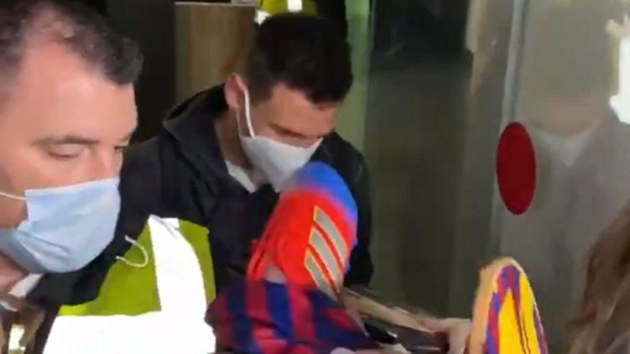 A Messi lo acusan de ser el culpable de mal rendimiento de Griezmann en el Barcelona.