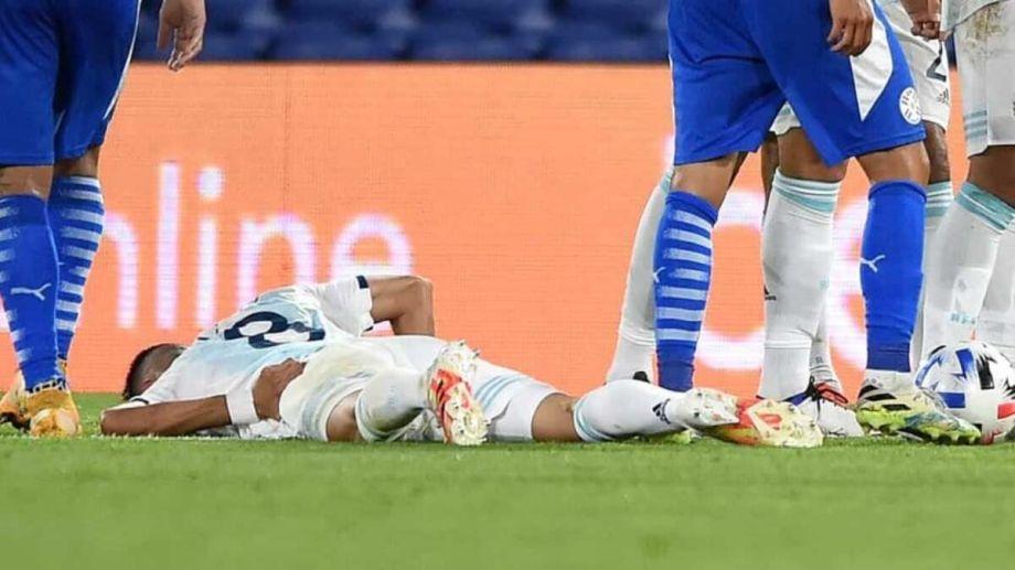 Palacios sufrió una dura lesión en el partido de anoche ante Paraguay.