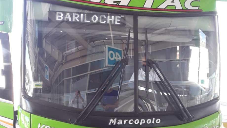 El micro salió ayer a las 13 desde Dellepiane. Foto: gentileza