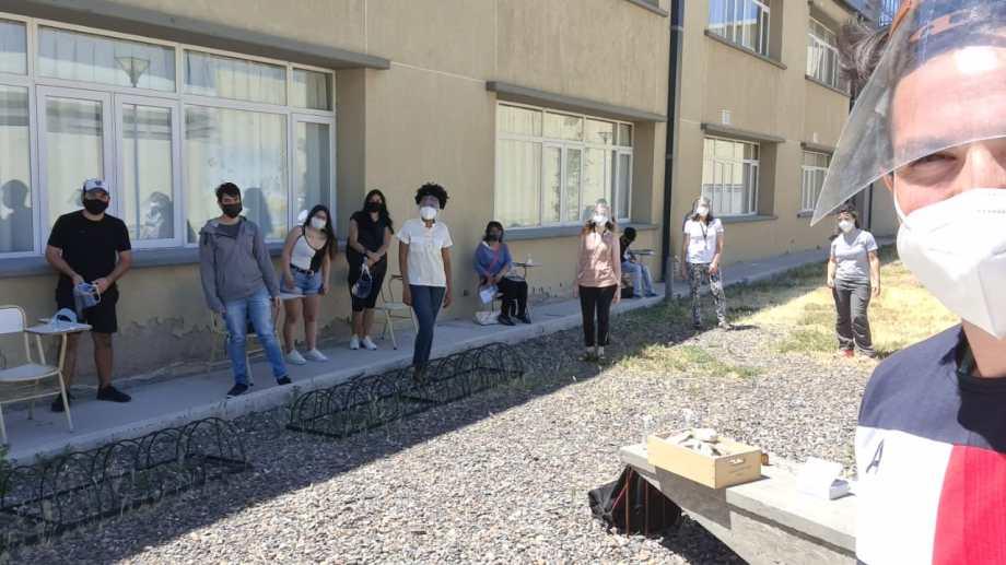 La sede Alto Valle/Valle Medio vio regresar esta semana a los primeros docentes y alumnos en el contexto de pandemia.