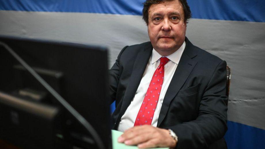 El senador Alberto Weretilneck finalmente se volcó a favor de la legalización. Foto: agencia Télam.-