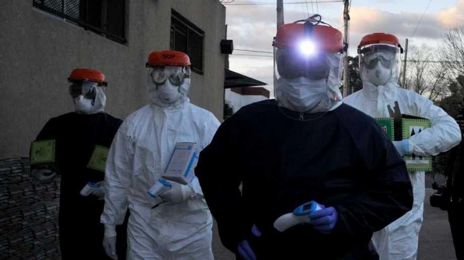 El personal de salud afronta otra ola de casos de coronavirus.