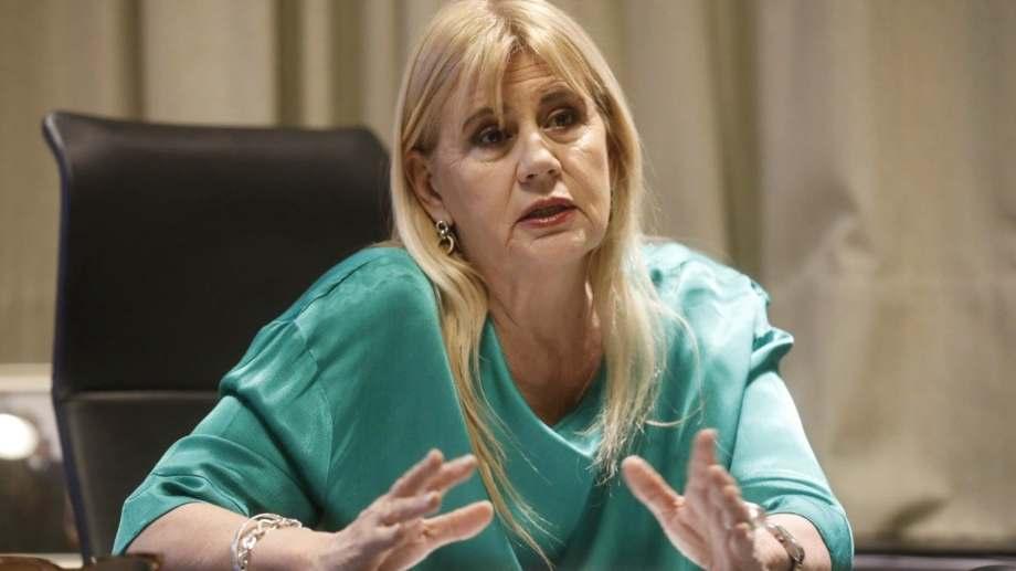 La ministra de justicia morigeró  los alcances de la comisión que pidio el presidente el lunes.